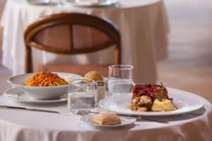 restaurante-mediterraneum-corallium-dunamar